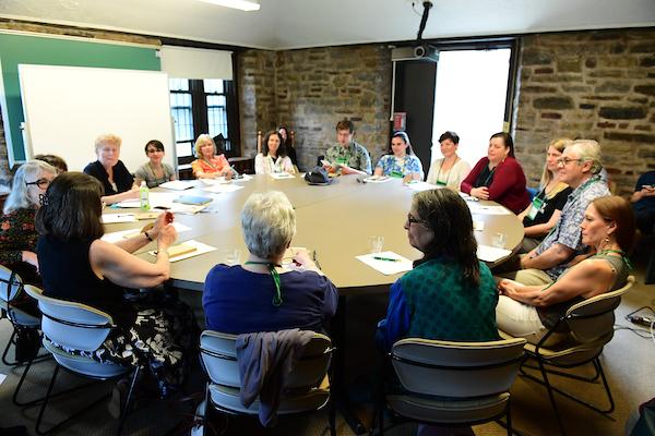 Round table seminar